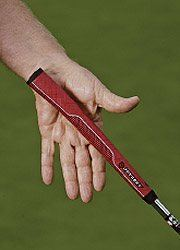 putter grip in the lead hand